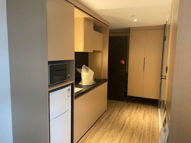 城家公寓-场中路  6月起租  7月入住可享88折优惠