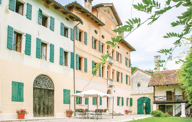 Holiday apartment with 2 bedrooms on 80m² in Santa Giustina (BL)