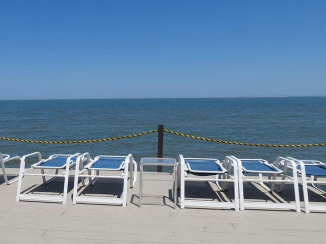 Beautiful Family-Friendly Lakeside Condo - Port Clinton - Kondominium