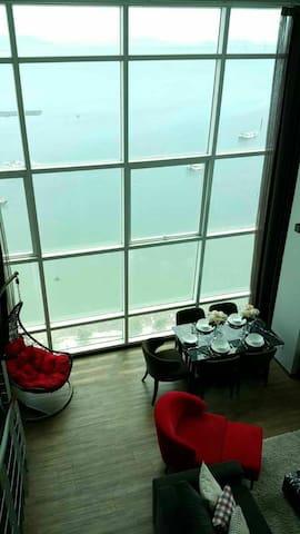 高层无敌海景之空中花园High Floor Seaview in Sky Garden