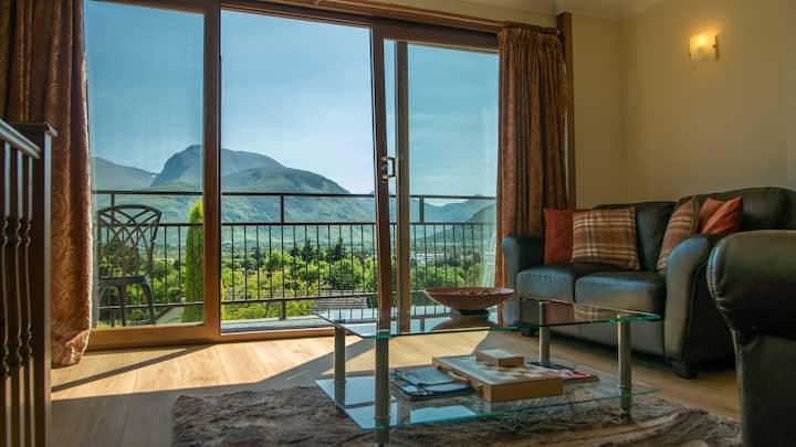 Fordon Highland Retreat With Stunning Views