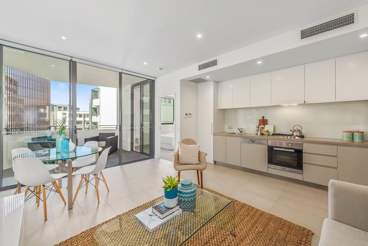 New 1 Bedroom Apartment - Inner Sydney - Forest Lodge - Wohnung