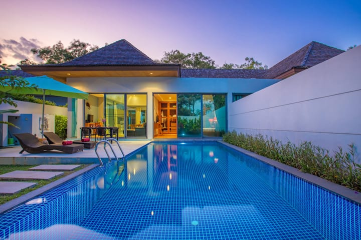 Design Boutique Villa-Huge Pool in Tropical Garden