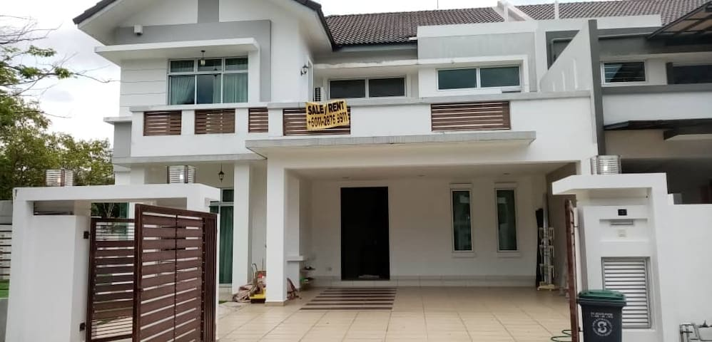 Rooms Rental Monthly Nusa Duta Bukit Indah fr 700