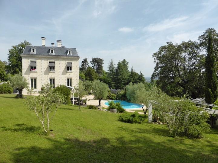 Chambre privée au Château Ollé Laprune