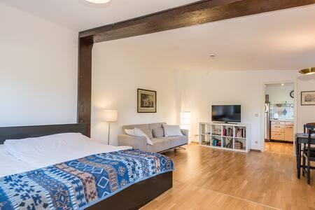 Separate Apartement-Wohnung im Münchener Süden