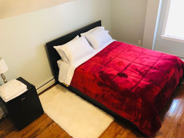A perfect place for you to stay!!! Clean and cozy.