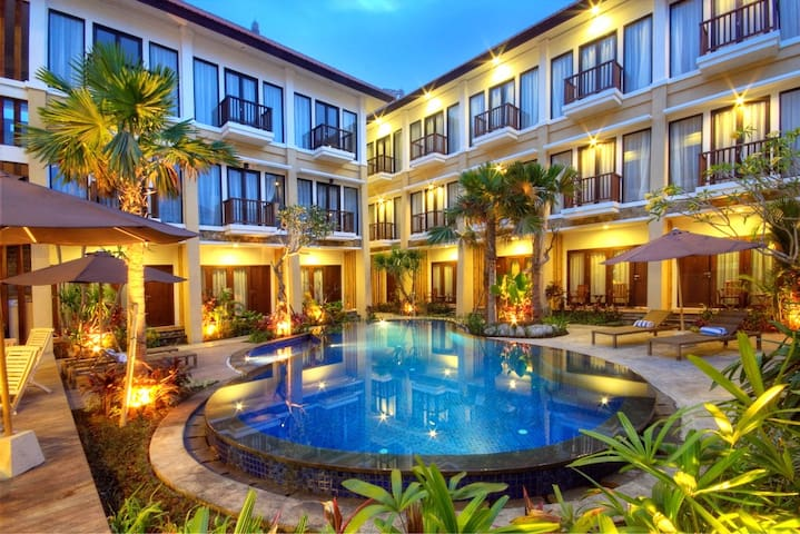 Boutique Hotel 10 minutes walk from Kuta Beach
