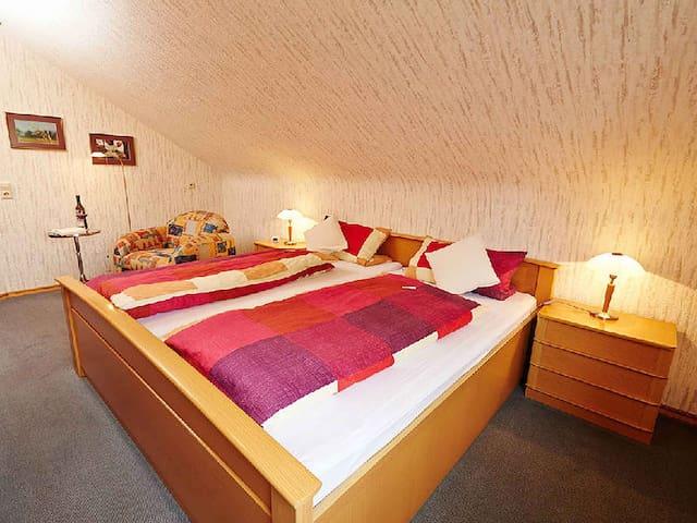 Haus Gerhard Lang, (Bad Bellingen), Ferienwohnung, 50qm, 1 Schlafzimmer, max. 2 Personen