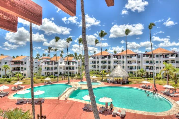 Oceanview 2BDR Beach Apartment  Stanza Mare G-402