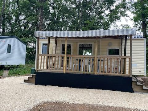 Mobil Home 2 dans un camping 2 étoiles