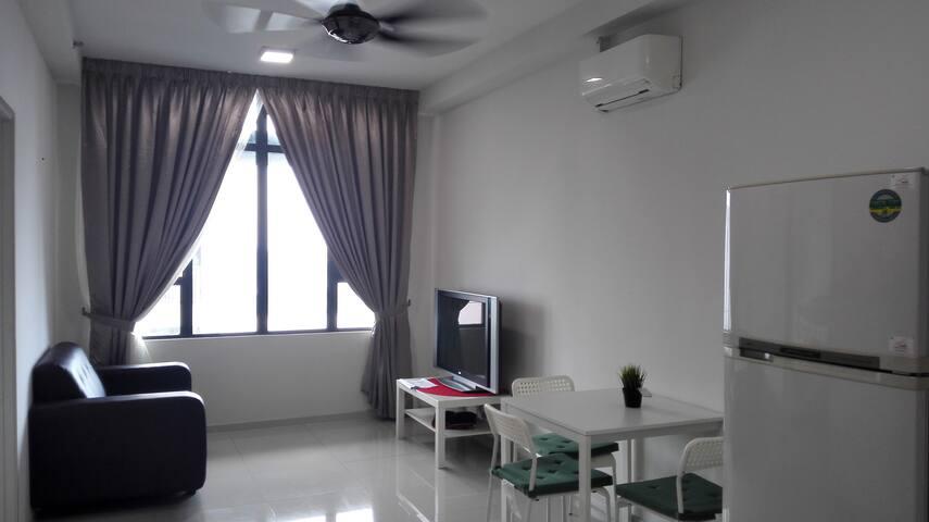 Centrestage Designer Suite PJ Section 13 - Petaling Jaya - Apartment