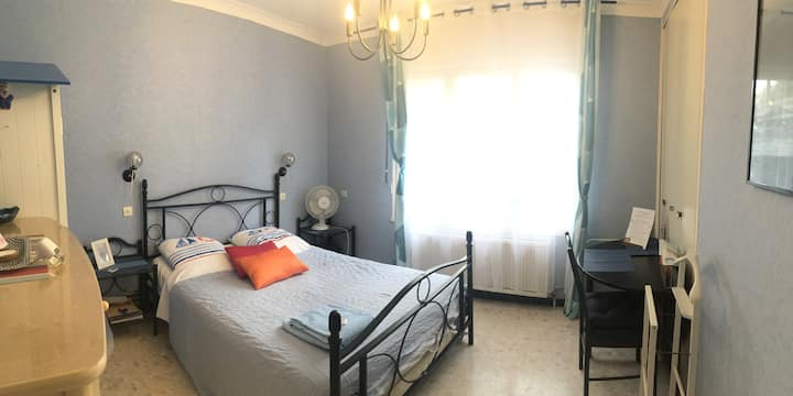 cozy room in great sea view villa 2-3 per +carpark