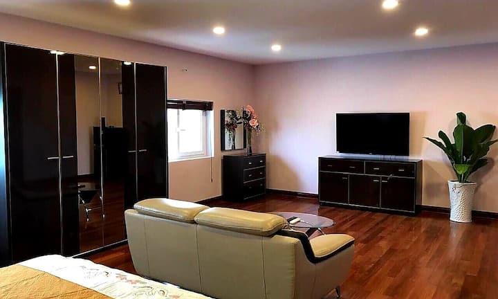 Spacious private room in Thu Duc near Hi-tech park