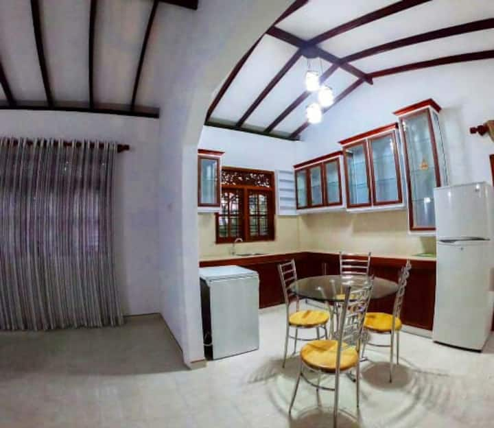 Calm and Beautiful apartment in Galle