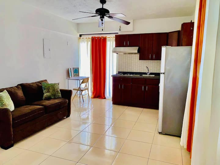 Fully equipped stylish one bedroom apartment