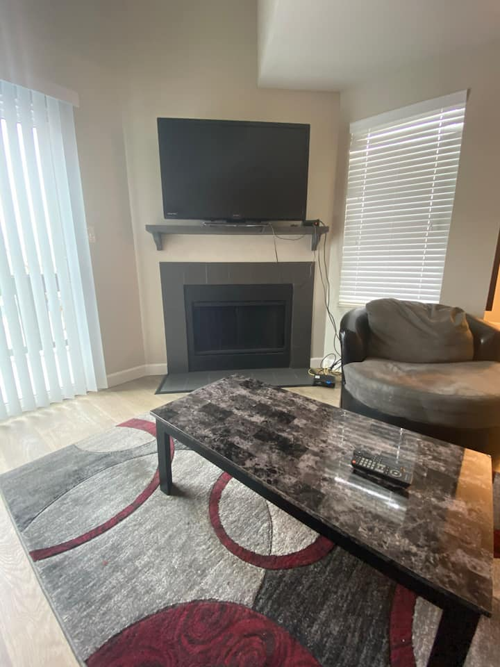 Luxury Townhouse Downtown Saint Charles 5th Street