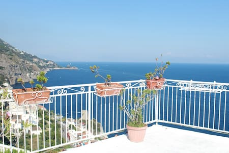 loft  at 10 min from the beach - terrace sea view