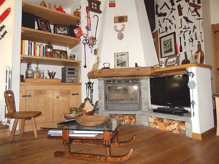 Breuil-Cervinia mansarda con vista Cervino