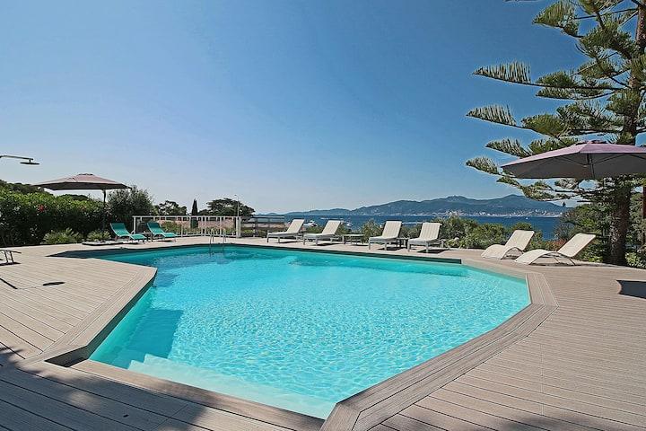 Belle Villa-Vue panoramique-Piscine-proche Plage