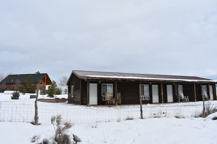 The Lodges at Pheasant Run (Entire Ranch) - Fayette - Cabin
