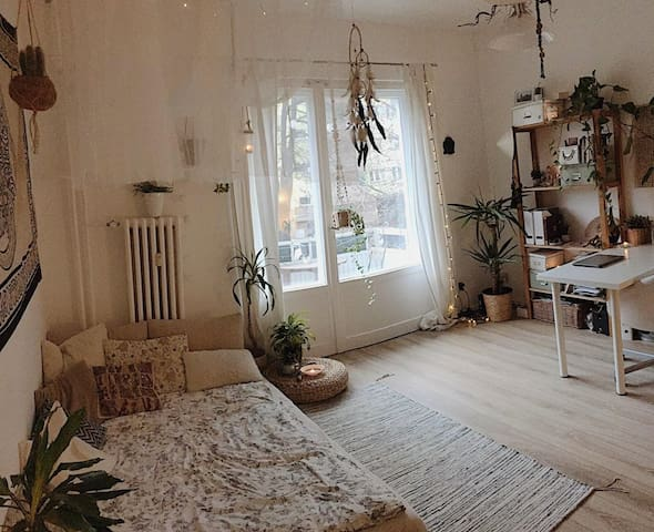 Beautiful room in central Berlin-Mitte