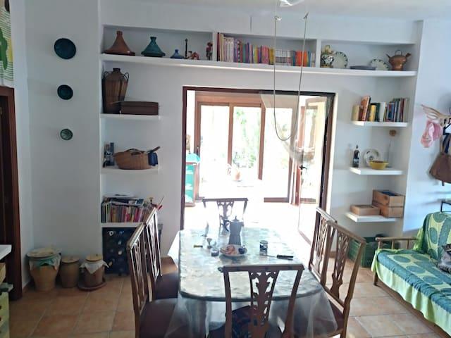 Habitación rural en pueblo más pequeño de Alicante
