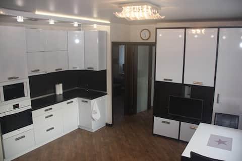 3-х комнатные апартаменты в центре Академгородка