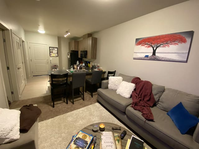 1-Bedroom Apt in Intl. District/Century Link