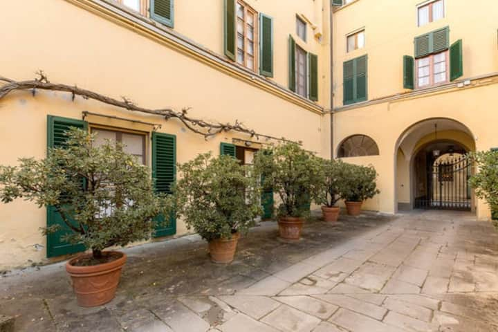 Your loft in the heart of Florence