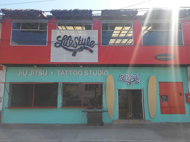 Beach, Jiujitsu academy  & Tattoo studio Hostel