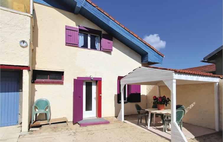Semi-Detached with 2 bedrooms on 65m² in St Barthelmy de Vals