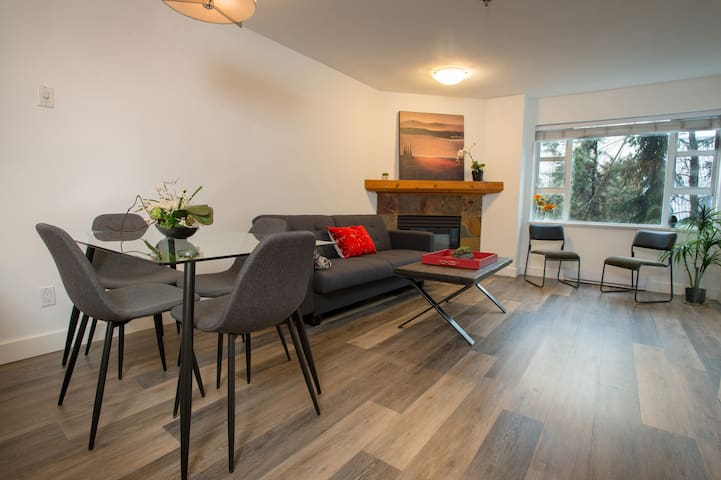 Whistler Village, NEWLY RENOVATED - 2 bed 2 bath