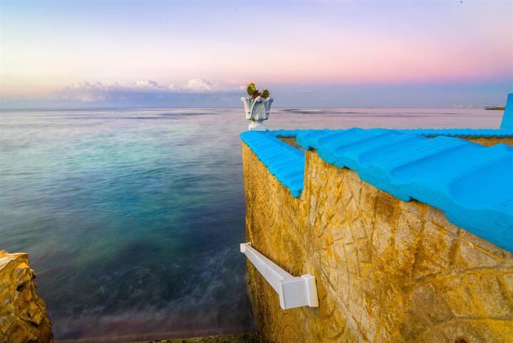 Tropical Paradise El Retiro #1 (next to the sea)