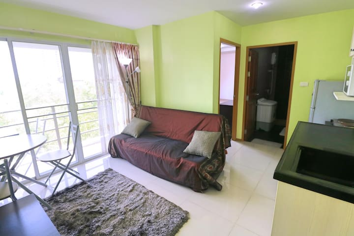 Compact modern apartment, 150 m. from the beach
