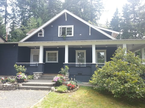 Classic Craftsman In Old Town Issaquah