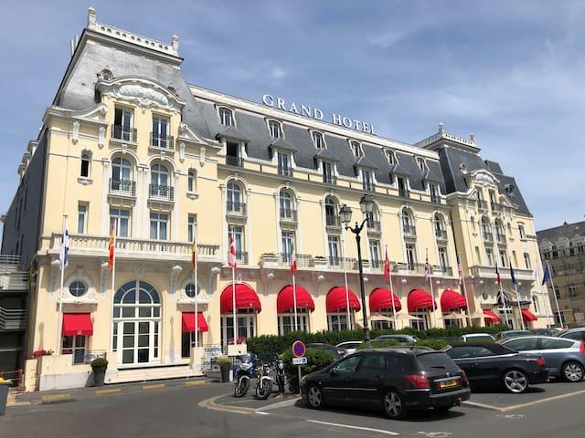 Appartement dans ancienne annexe du Grand hôtel