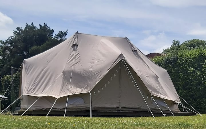 Boyne Valley Glamping - the Emperor Tent