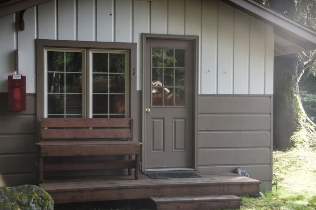 Sol duc tiny cabin cabins for rent in forks washington for Cabin rentals olympic national forest