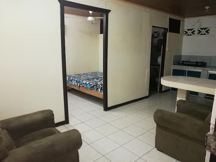 Apartamento equipado 3pax economico en Puntarenas