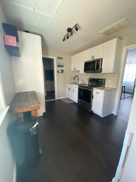 Private Apartment - Minutes to USNA