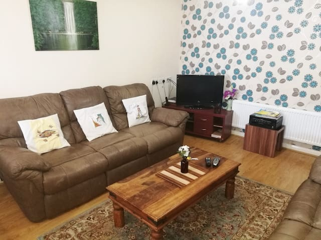 One Bedroom Apartment w/Double Bed