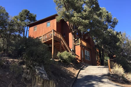 Mountain cabin for 4, Pine Mtn Club - Pine Mountain Club