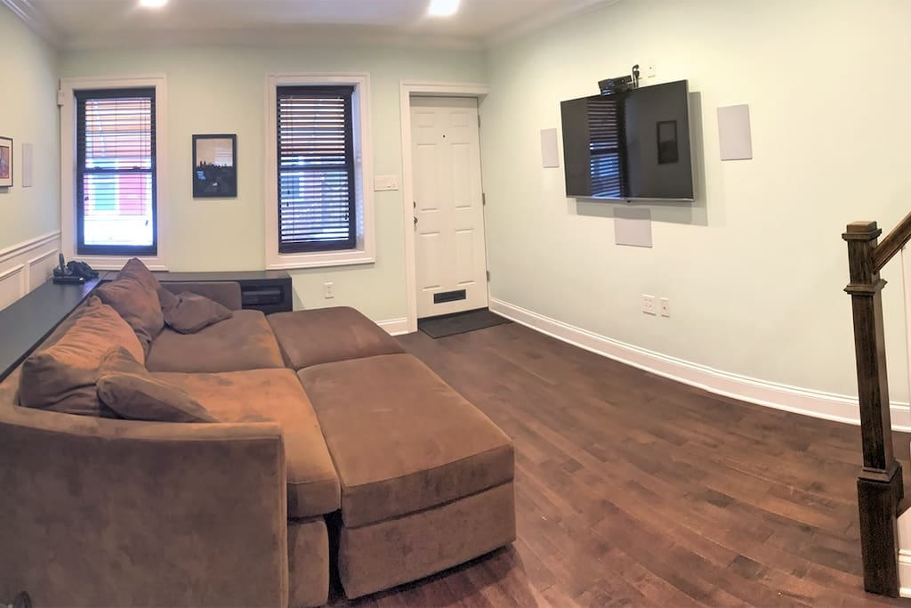 Living Room with HDTV/Surround Sound/Consoles