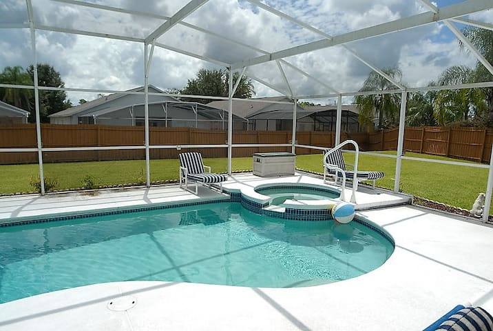 Your Home away near Disney Southern Exposure Pool - Clermont - House