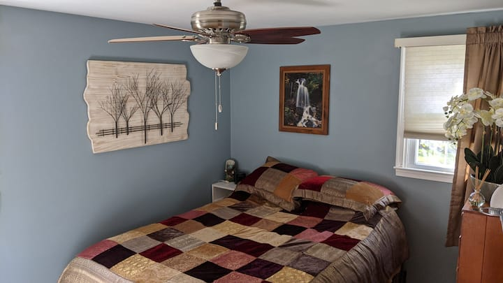 Cozy room close to Lincoln University & U of D