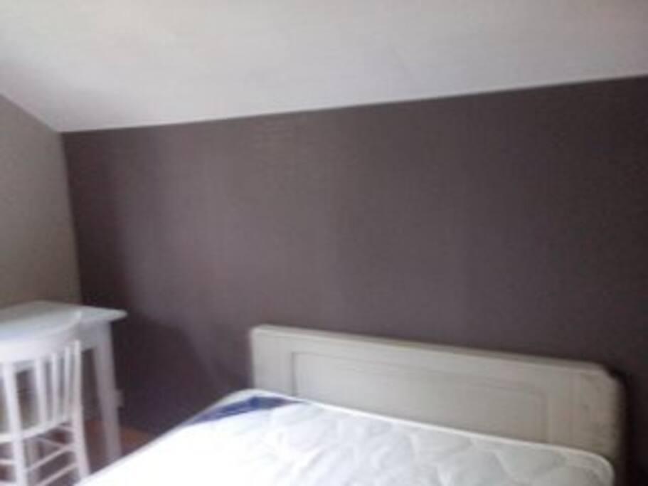 chambre lit 140 avec dressing