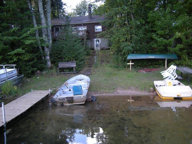 Powell Shores Lodge Lakefront Cottage