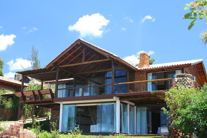 Linda casa 3 suites (Praia doRosa/VidaSoleMar n40)