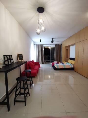 Oasis Ara Damansara Cozy Studio |Near Airport 0810